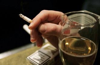 фото: алкоголь и сигареты